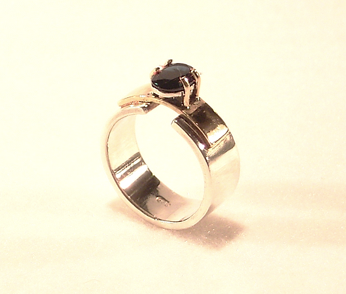 'Art Deco' silvera and gold sapphire ring
