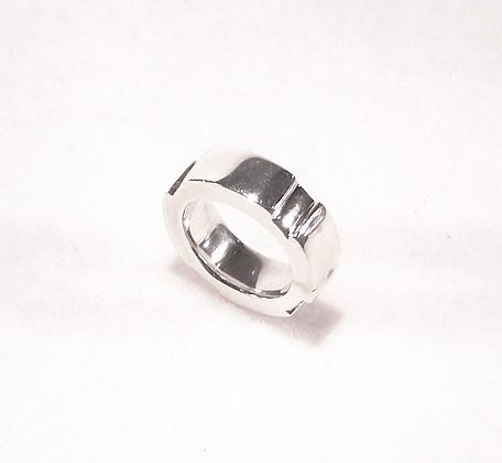 'Cygnet' sterling silver ring