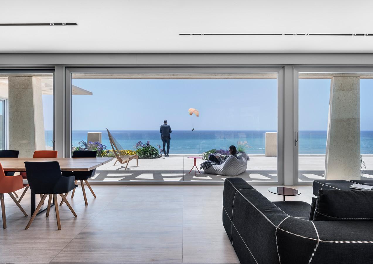 living room sea view.jpg