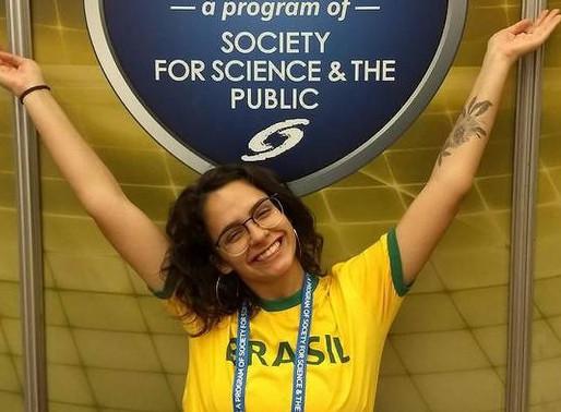 Uma brasileira que descasca dificuldades