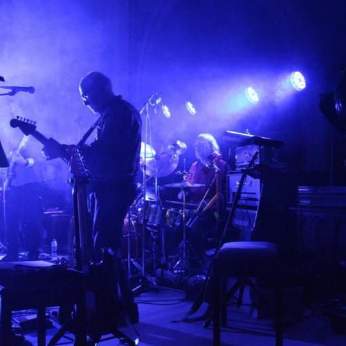 HOME   United Kingdom   The KT Bush Band