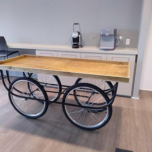Mesa com Rodas de Bicicleta