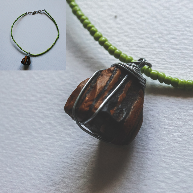 River Stone Wire Necklace - WN02