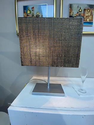 Lampada da tavolo in fibra di carbonio