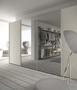 armadio-con-specchio-cabina-armadio
