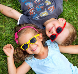 kids on grass wearing sunnies-reduced_151253495