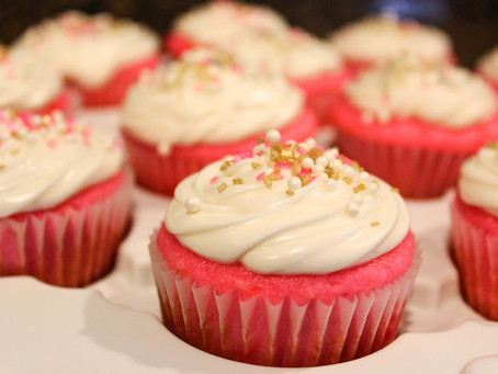 PINK CHAMPAGNE CUPCAKES FOR YOUR VALENTINE