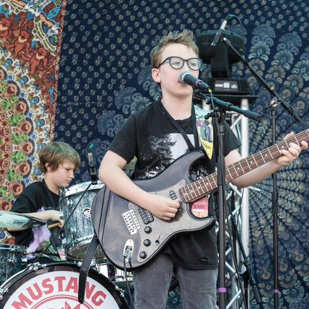 Perform at Mustang Spring Jam 7