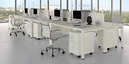 Mesas de oficina con separador