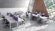 Mesas con separador para oficina en Madrid