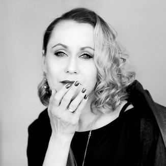 Rēzija Kalniņa: aktrise, režisore