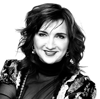 Baiba Sipeniece-Gavare: televīzijas dīva, raidījumu un pasākumu vadītāja