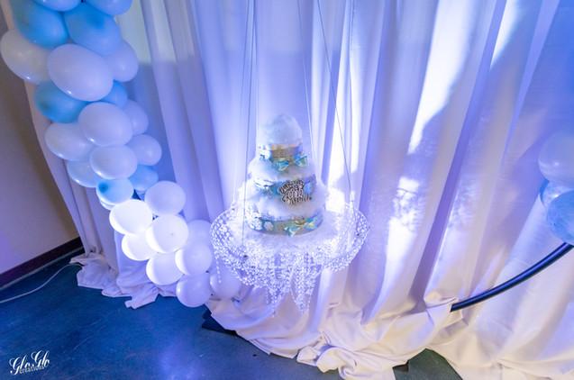 Hanging Cake set up