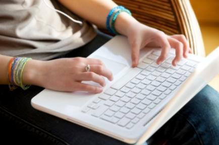 הדרכת הורים - חופש , כמה זמן מותר לילדים לשחק במחשב?