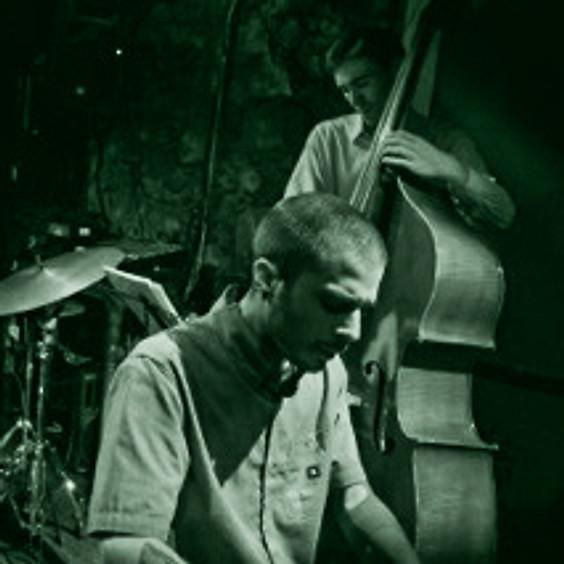 LUISMI SEGURADO TRIO, (Jazz)