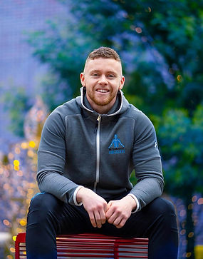 Luke O Mahony, online fitness trainer