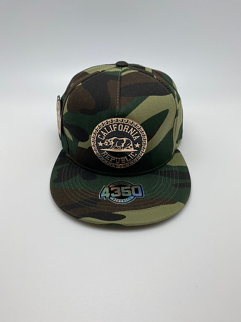 CALI CAMOUFLAGE HAT WITH GOLD METALLIC EMBLEM