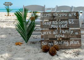 Affordable Beach Wedding Decor