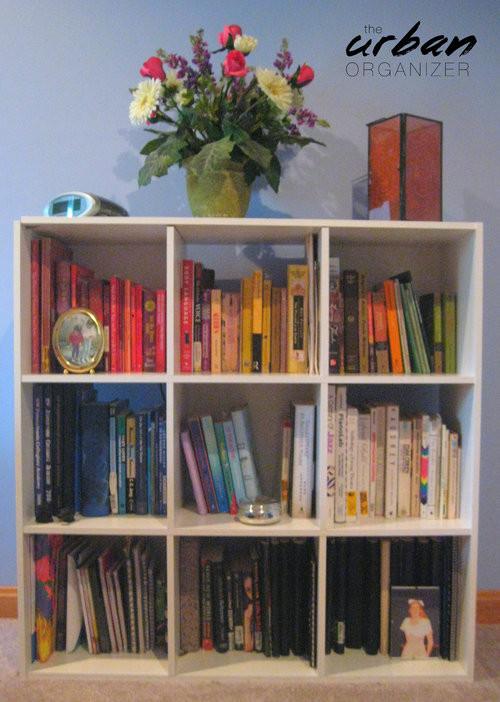 Arrange a Rainbow Bookshelf!
