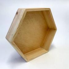 bandeja-hexagonal-pino-1.jpg