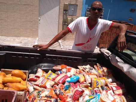 Essenskörbe für bedürftigste Familien: Aktion des Projeto Crescer aufgrund der Covid 19-Pandemie