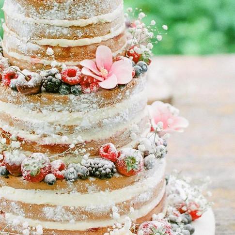 iowa wedding cake.jpg
