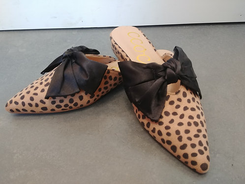Cheetah Pointed toe Flats with Bow