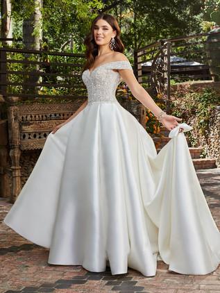 Casablanca Bridal 2401