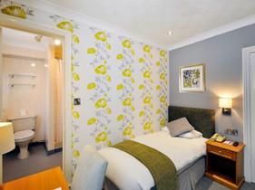 Ardington-Room37-02-(2048_X_1536).jpg