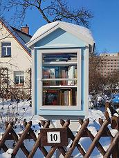 Bücherschrank 2-21.jpg