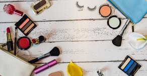 化粧ポーチの中身を見直すことでメイクも変わる。