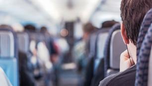 旅を快適に!機内持ち込み あれば 役に立つモノ