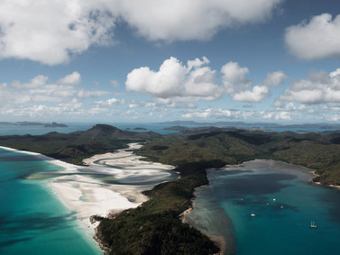 Billionaires Buying Islands Off Australia Find Perilous Paradise