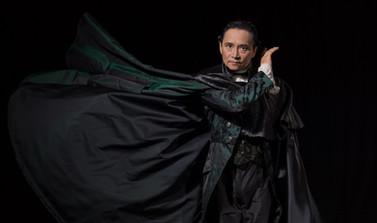 Mao's 'last dancer' stages a surprise encore