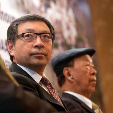 Macau's Lui Bets Big as Ho Family Splinters on Casino Empire