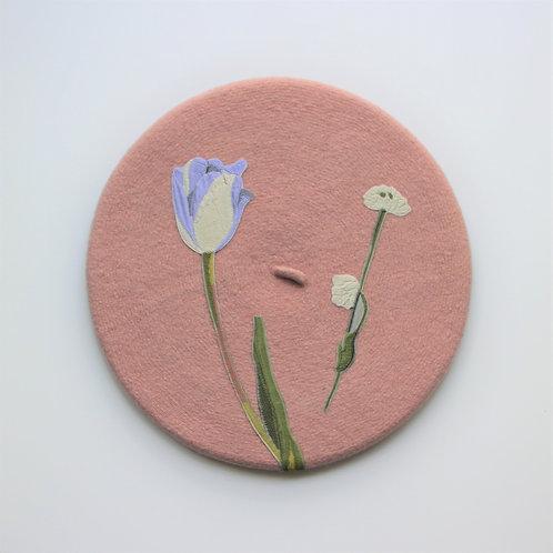 Béret fleuri rose pâle