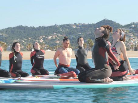 """""""Supyoga"""", quan el yoga surt a la mar."""