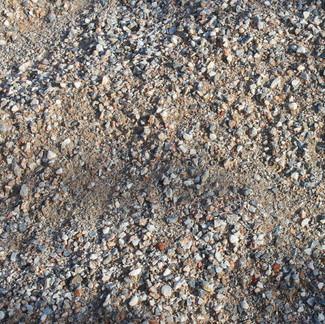 sable graviers maçonnerie professionel  terre de remblai décoratif pelouse synthétique jardin extérieur elne france  remblayer