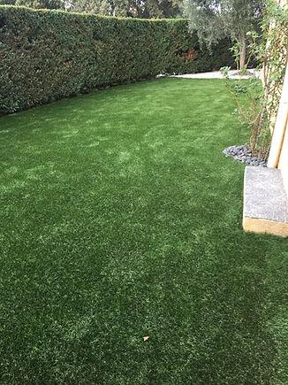 jardin extérieur elne pepignan idées moderne graviers pelouse synthétiqueJPG