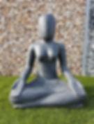 statue yoga graviers décoratif  pelouse synthétique elne perpignan