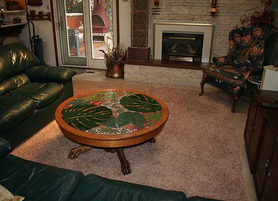 Jungle leaves mosaic tabletop.