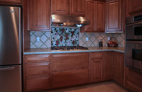 Mosaic grapevine backsplash by ABQ Art Glass