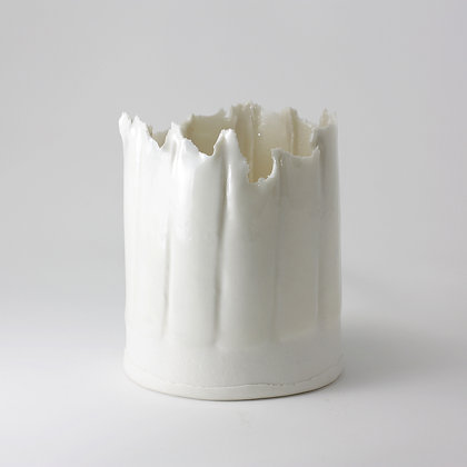 Porcelain vessel