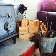 courtneys crate.JPG