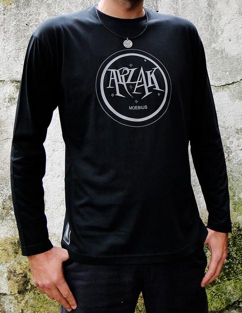 T-shirt ARZAK-MOEBIUS_delante.jpg