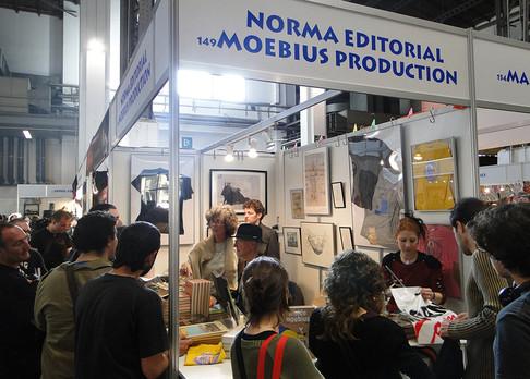 2010 Moebius-Ficomic stand.jpg