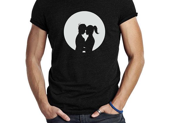 נשיקה לאור ירח