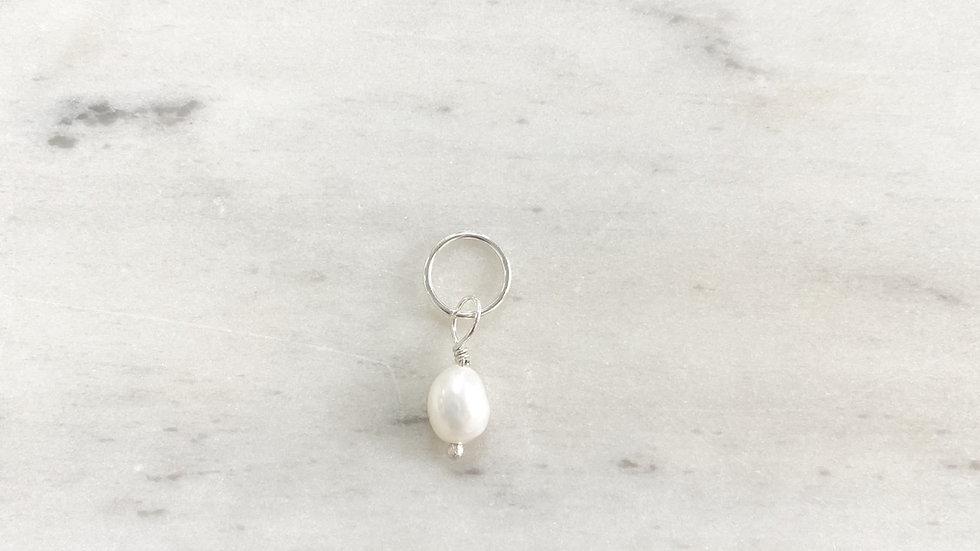Charm Perla Blanca