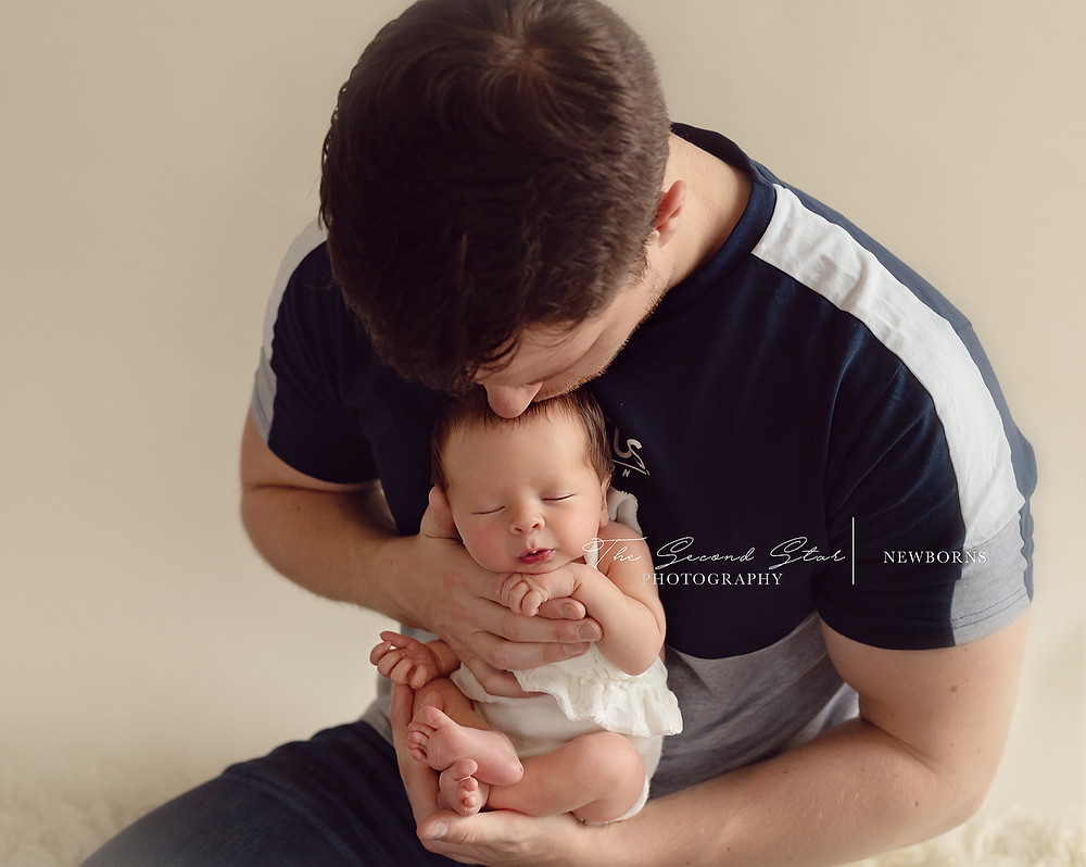 Oxfordshire family photography, Oxford newborn photographer, Bicester newborn photoshoot, Bicester baby photographer