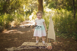 Toddler girl photography Oxfordshire